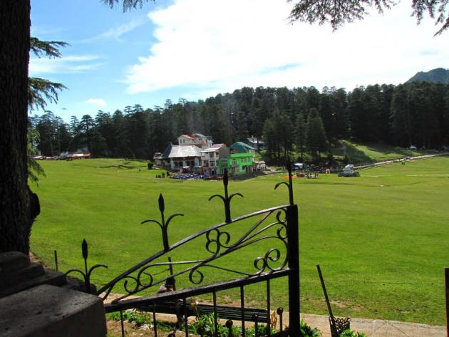 Restaurants at Khajjiar downtown