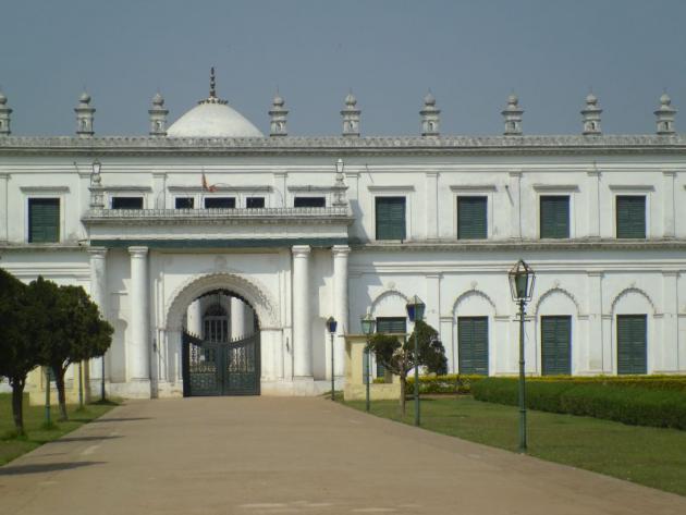 Nizamat Imambara upfront