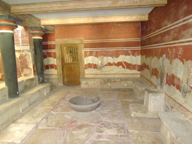 Halls of Minoan civilization