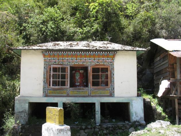 A small shrine with prayer wheels at Lachung, towards Yumthang