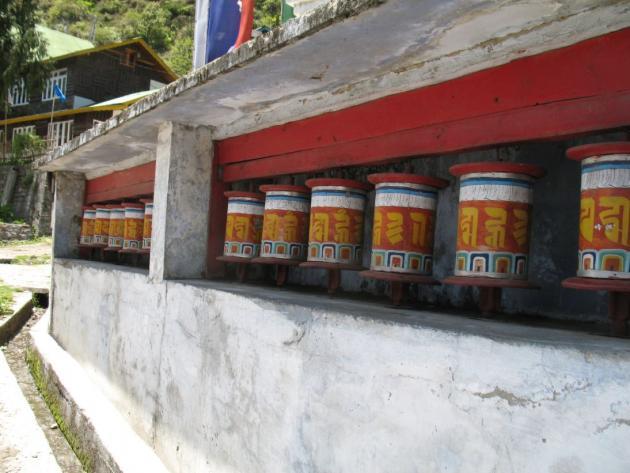 Prayer wheels at Lachung, towards Yumthang