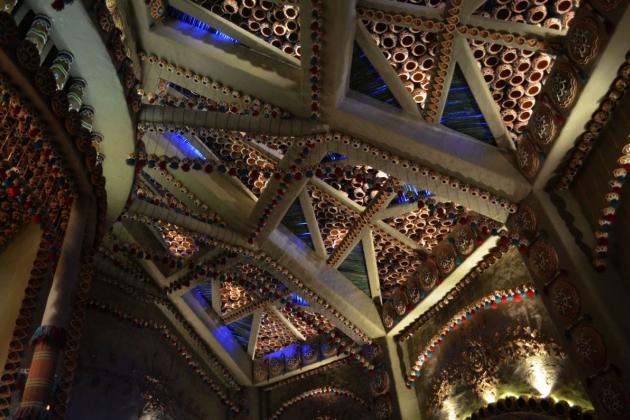Beautiful roof made of clay pottery, Kolkata Durga Puja 2015